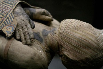 egyptian-mummification.jpg