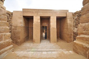 entrance-to-the-mastaba-of-ti-in-saqqara-source-tripomatic.jpg